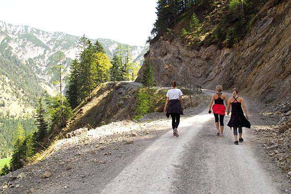 Wandern am Achsensee in Österreich | alltours Reiseblog