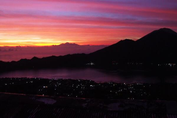 Ausblick vom Vulkan Batur | alltours Reiseblog