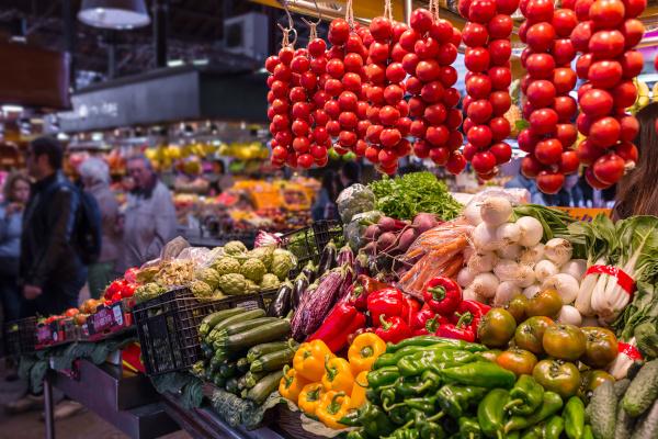 Gemüsestand auf dem Markt La Boqueria